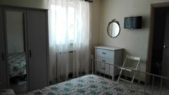 025.AppartamentoAlburni_CameraVerde.jpg